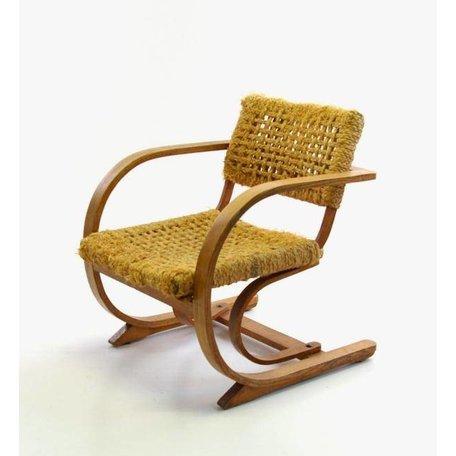 Bas van Pelt fauteuil van gebogen hout
