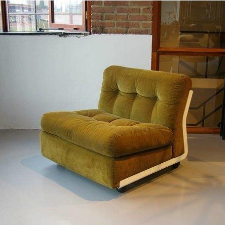 Mario Bellini Amanta fauteuils ribcord C&B italy