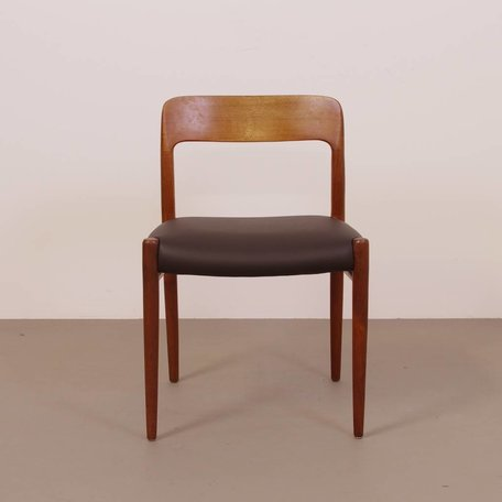 Niels O. Møller model 75 stoel teak