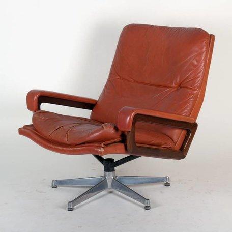André Vandenbeuck King chair Strassle