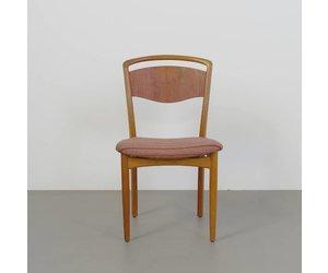 Jaren 50 Stoel : Jaren 50 houten stoeltjes 6 met handvat boven rug. deens de