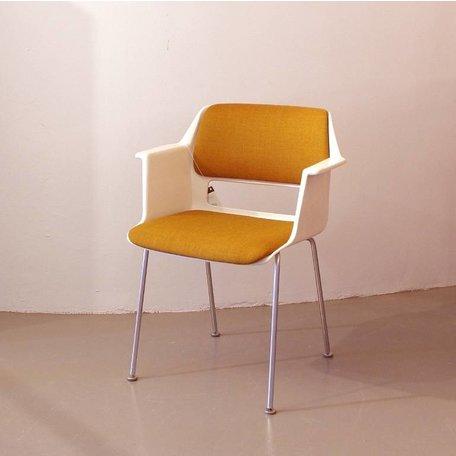 Cordemeyer 1225 stoel - Okerbruine stof