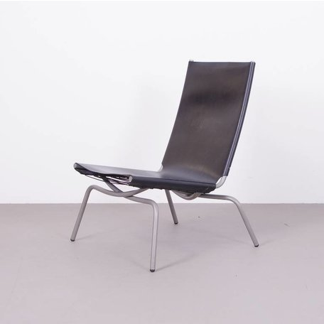 Van Severen crossed legs lounge chair