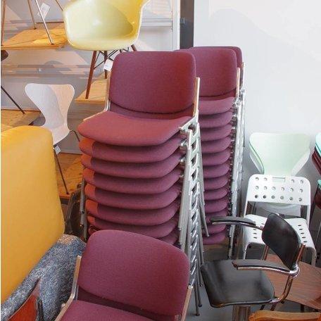 Piretti stoel -Donkerrode stof