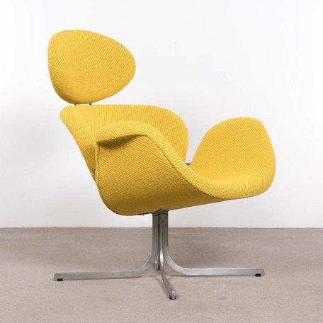 Artifort Big Tulip fauteuil Artifort 1ste serie