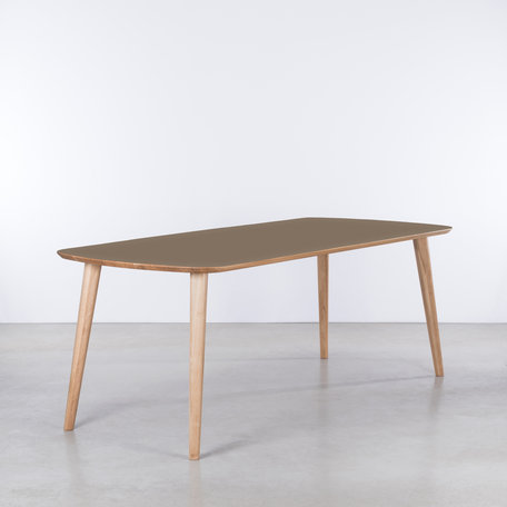 Tomrer Table Clay gray Fenix top - Oak legs