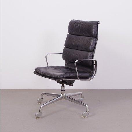 Eames EA219 stoel - Zwart leer