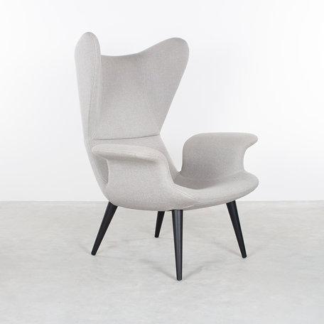 Diesel longwave lounge chair met lichtgrijze hallingdal bekleding Moroso