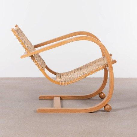 Van Pelt fauteuil van gebogen hout