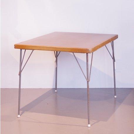 Rietveld tafel 3705 Gispen