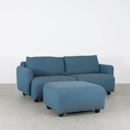 Blauwe 2 delige zitbank met voetenbank ploegwool