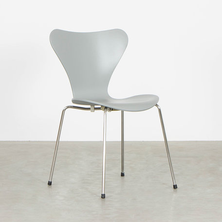 Oktoberactie - Vlinderstoel Verkeersgrijs (RAL7042)