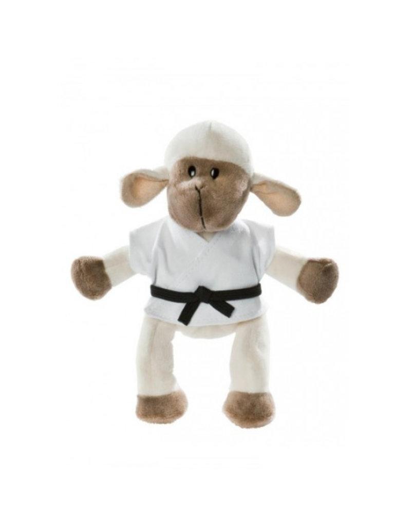 Cuddly Lamb in Gi