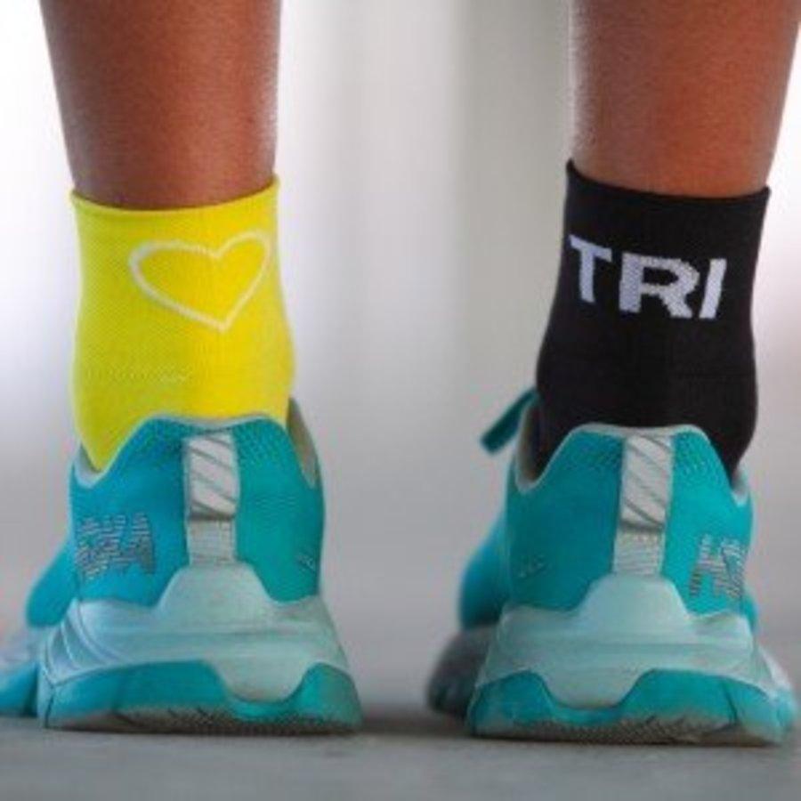 Tri Love Black Yellow Triathlonsocks-2