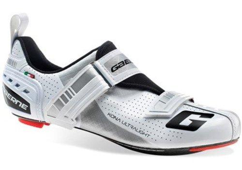 Chaussure cycliste Gaerne Kona Triathlon avec une semelle en nylon