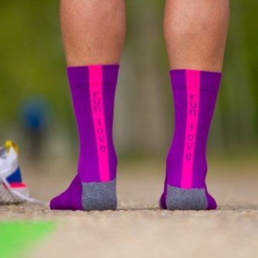 Run Love Runningsocks Pink-2