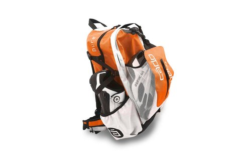 Backpack without hydration system