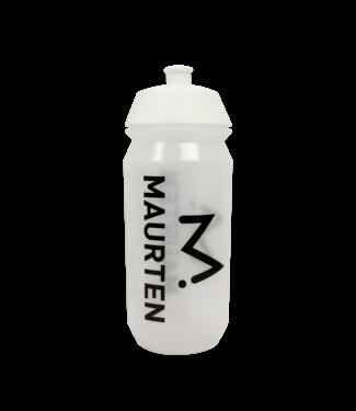 Maurten Maurten bebiendo botella