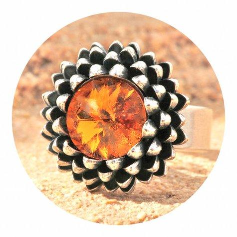artjany Ring mit einem crystal in tangerine