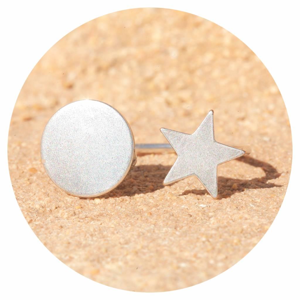 artjany Ring mit einem kreis & einem stern