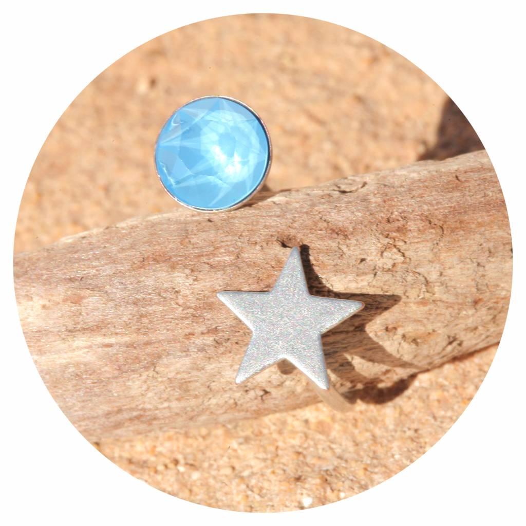 artjany Ring mit einem Kristall insummer blue