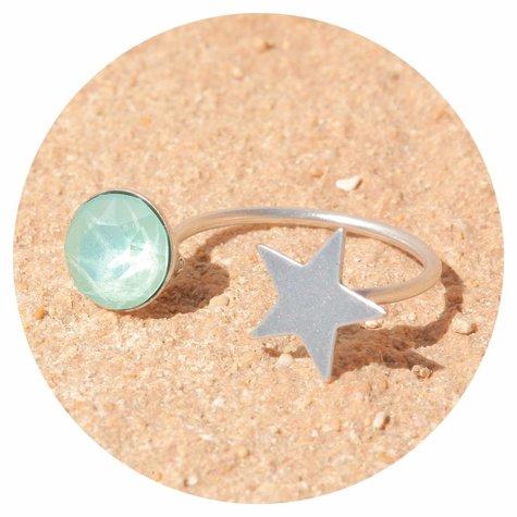 artjany Ring mit einem Kristall in mint green