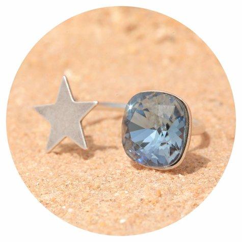 artjany Ring mit einem Kristall in denim blue