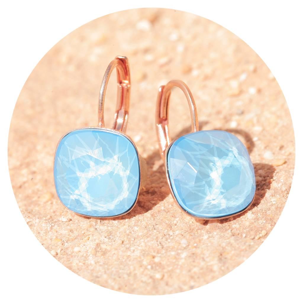 artjany Ohrhänger mit crystals in summer blue