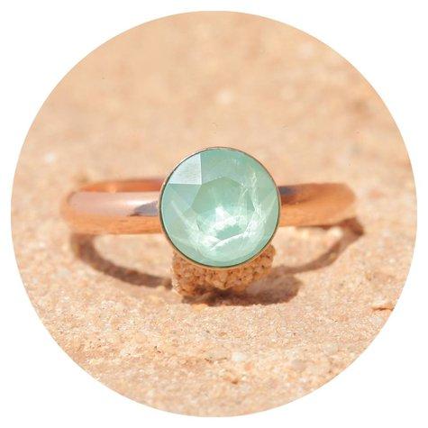 artjany Ring mit einem crystal in mint green