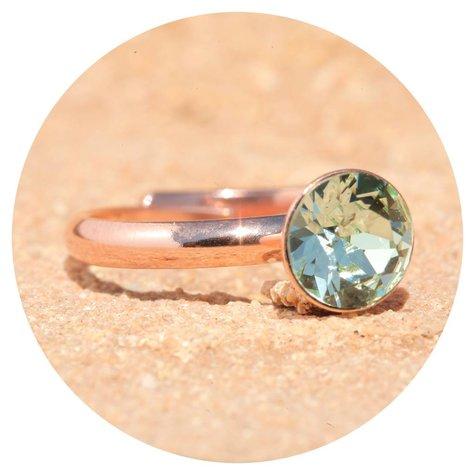 artjany Ring mit einem crystal in crysolite