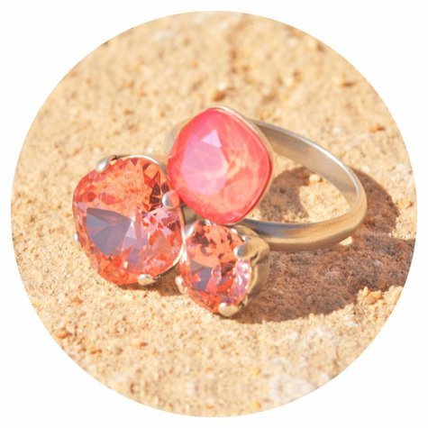 artjany Ring mit crystals in light coral mix