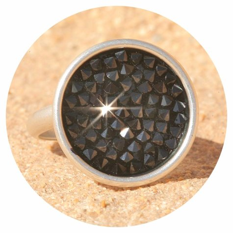 artjany Ring mit crystals in jet