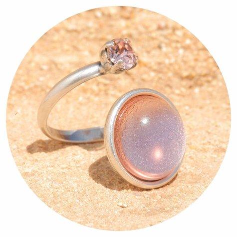 artjany Ring mit einem cabochon & crystal  in rose
