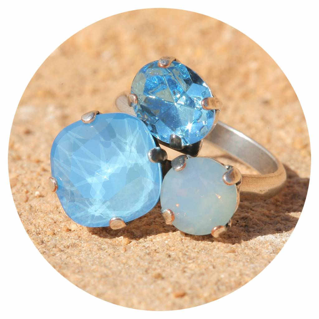 artjany Ring mit crystals in summer blue opal mix