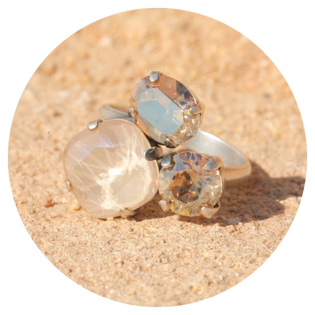 artjany Ring mit crystals in royal ivory mix