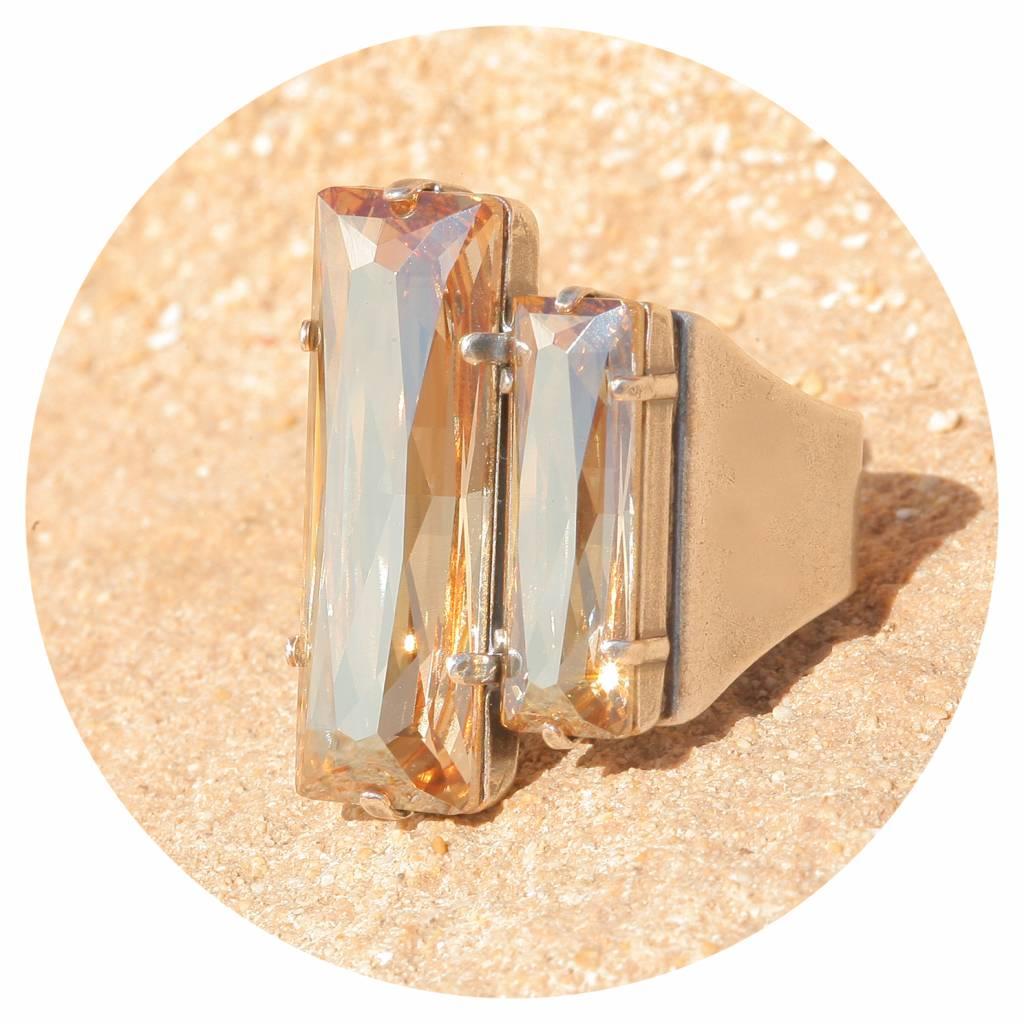 artjany Ring mit crystals in golden shadow