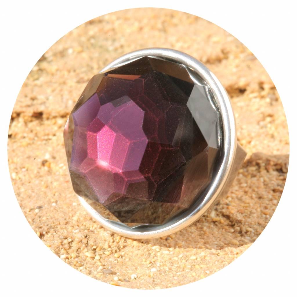 artjany xxl Ring mit einem Kristall in amethyst