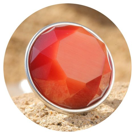 artjany xxl Ring mit einem seidenorange farbenen Kristall