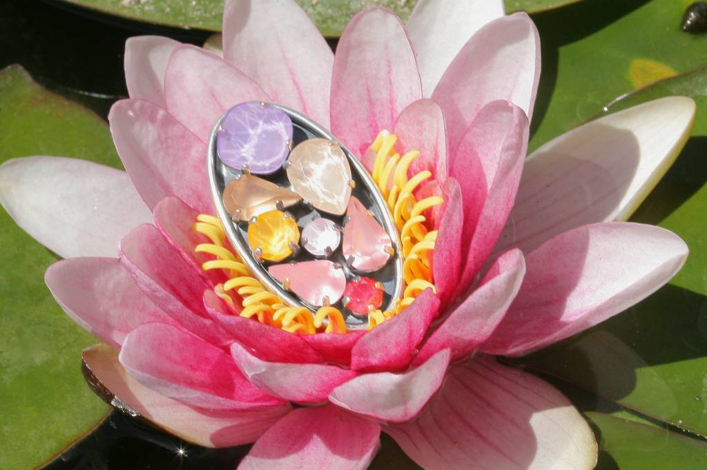 artjany Ring mit crystals in lilac pastel mix