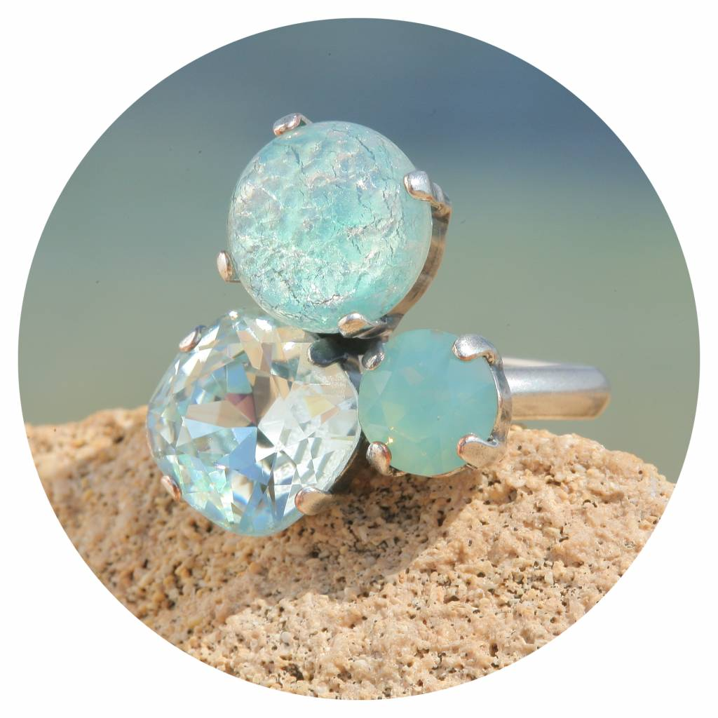 artjany Ring mit crystals in crysolite mint patina