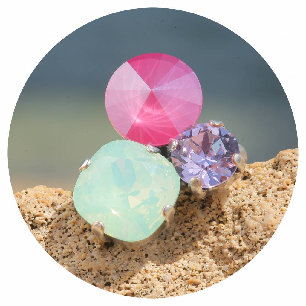 artjany Ring mit crystals in peony crysolite opal mix