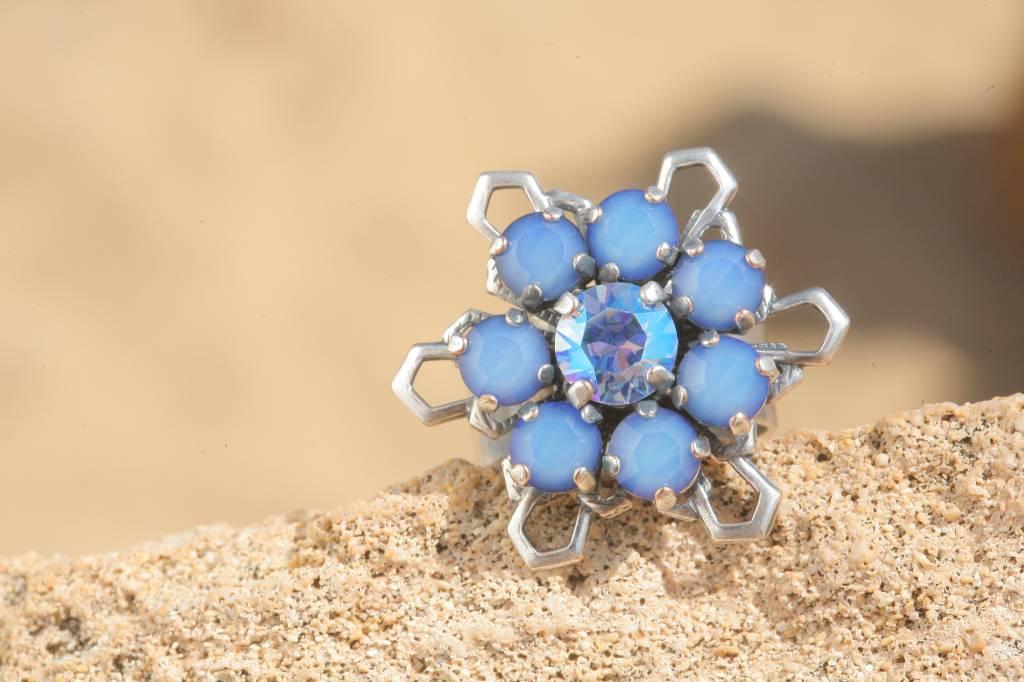 artjany Ring mit Kristallen im sky blue shimmer