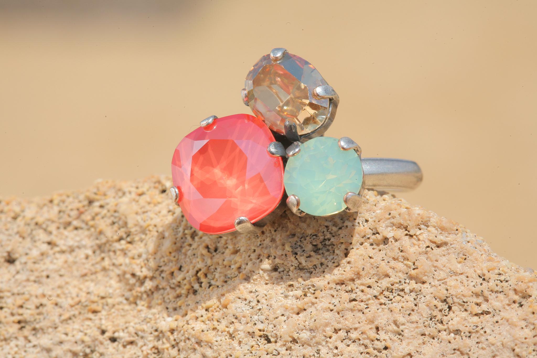 artjany Ring mit Kristallen im light coral green mix
