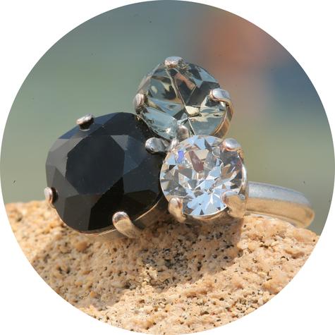 artjany Ring mit Kristallen im black jet mix