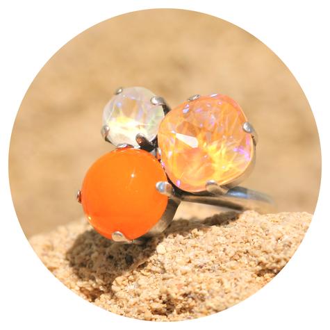 artjany Ring mit crystals in einem orange mix