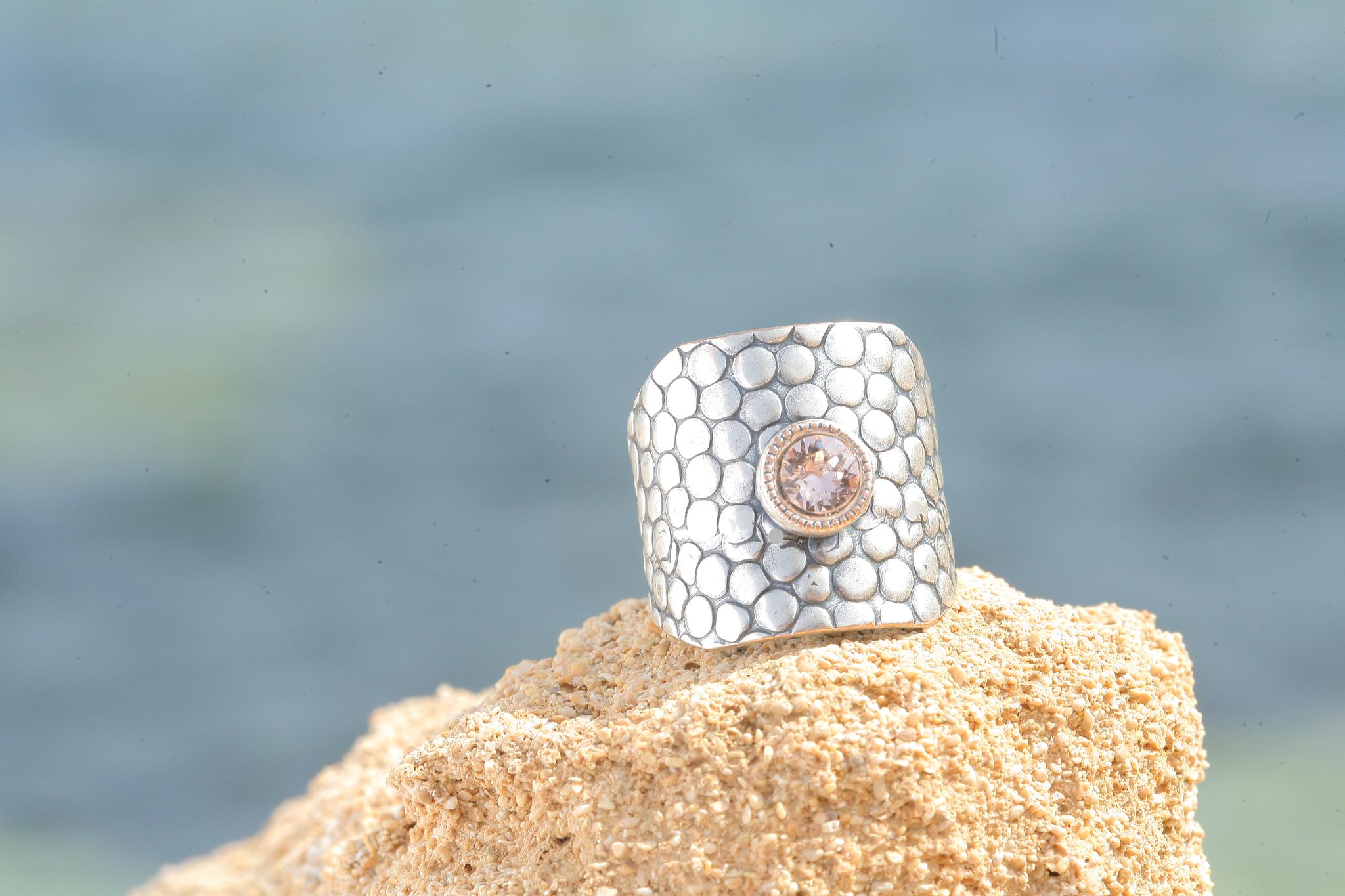 artjany Ring in  vintage rose