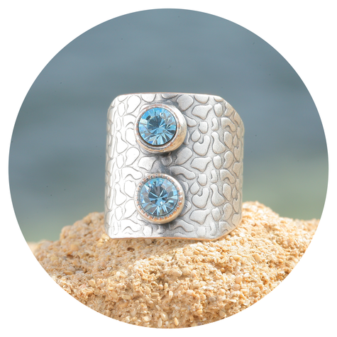 artjany Ring in indian sapphire