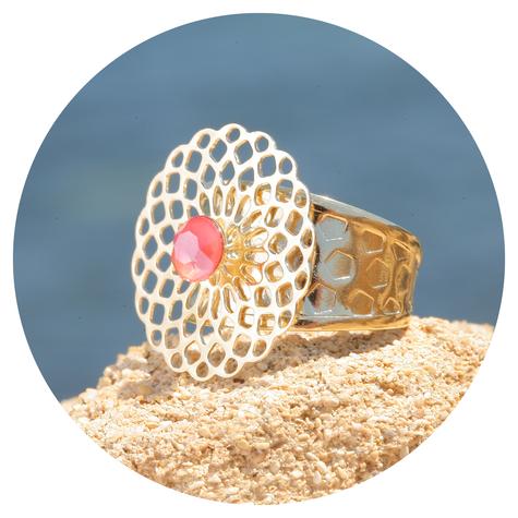 artjany goldener Mandala Ring in light coral
