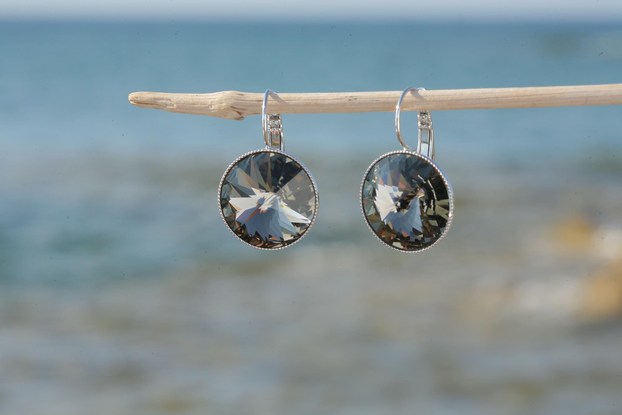 artjany XL Ohrhänger mit Kristallen in black diamond