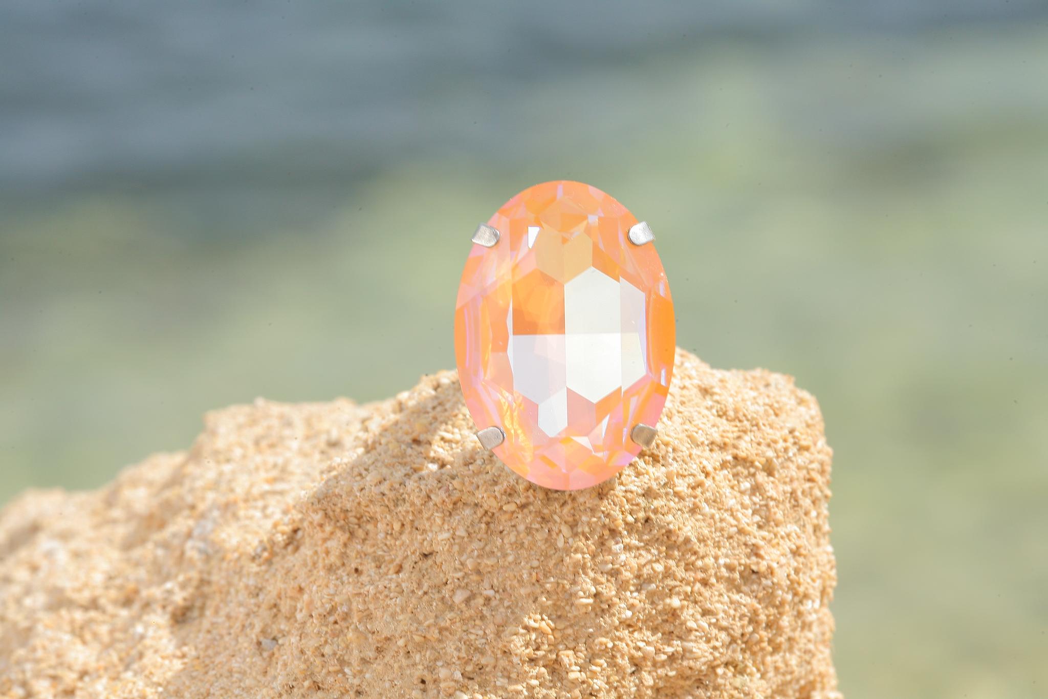 artjany Ring mit einem crystal from Swarovski in peach deLite